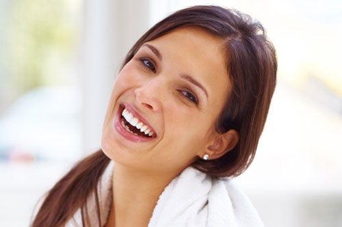 Teeth Whitening The Easy Way In Mundelein IL [VIDEO]